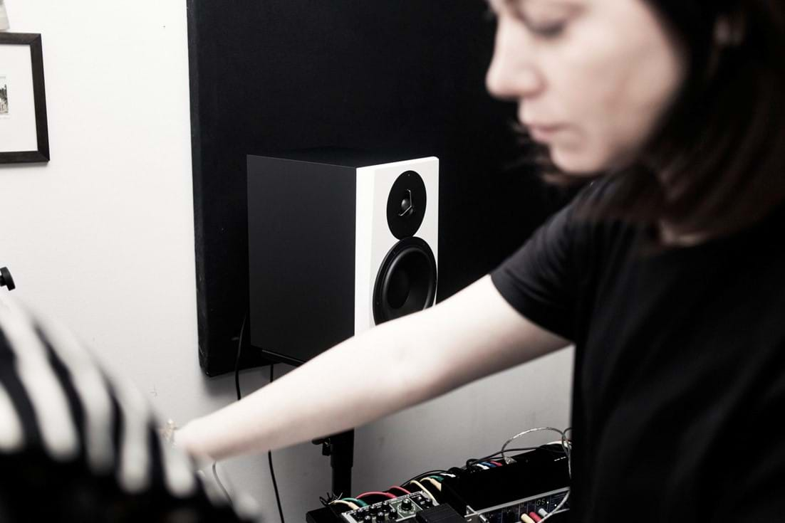LYD in Camea´s home studio